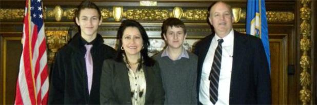 banner_family